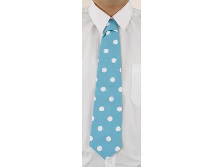 Krawatte blau gepunktet gebunden