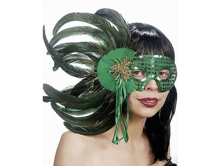 Maske mit Federn grün
