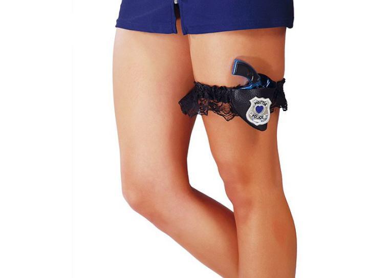 Strumpfband Police mit Pistole